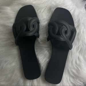 Hermès Aloha Sandals Size 41 US11 in NOIR /Black